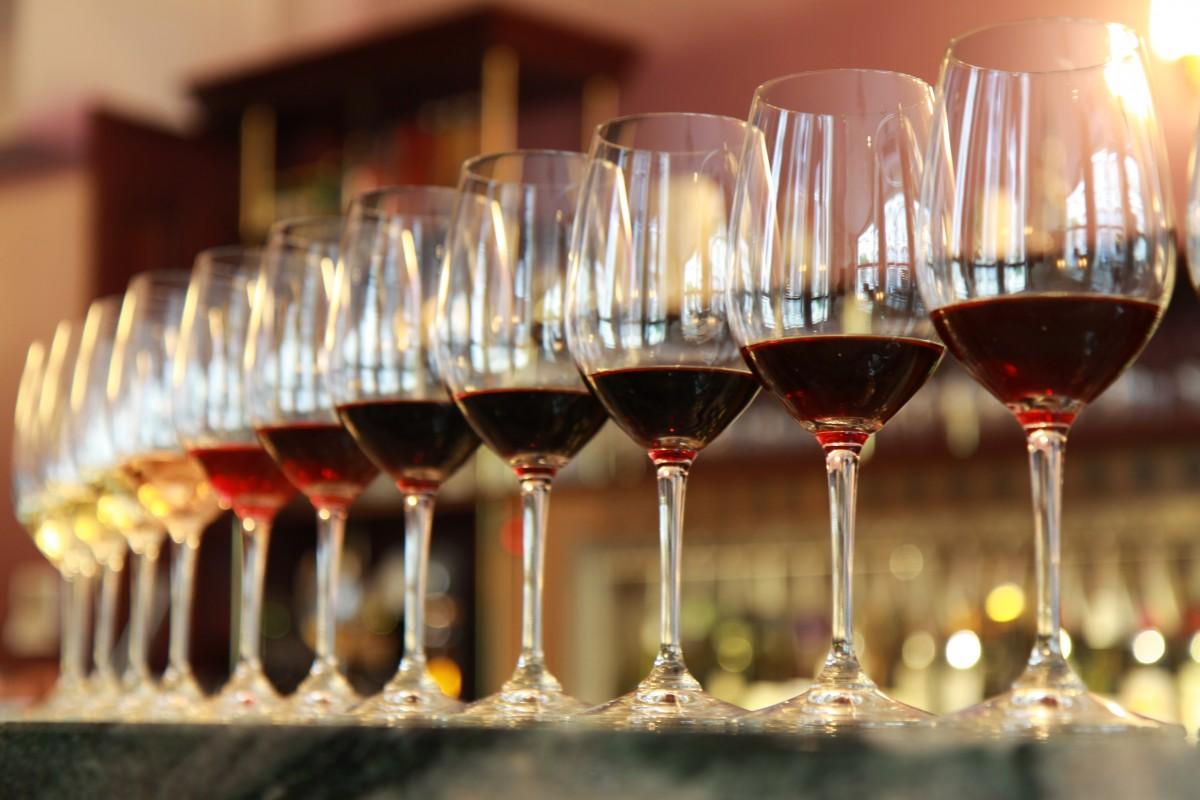 Pomożemy ci w przestrzeganiu ograniczeń dotyczących sektora sprzedaży wysyłkowej win