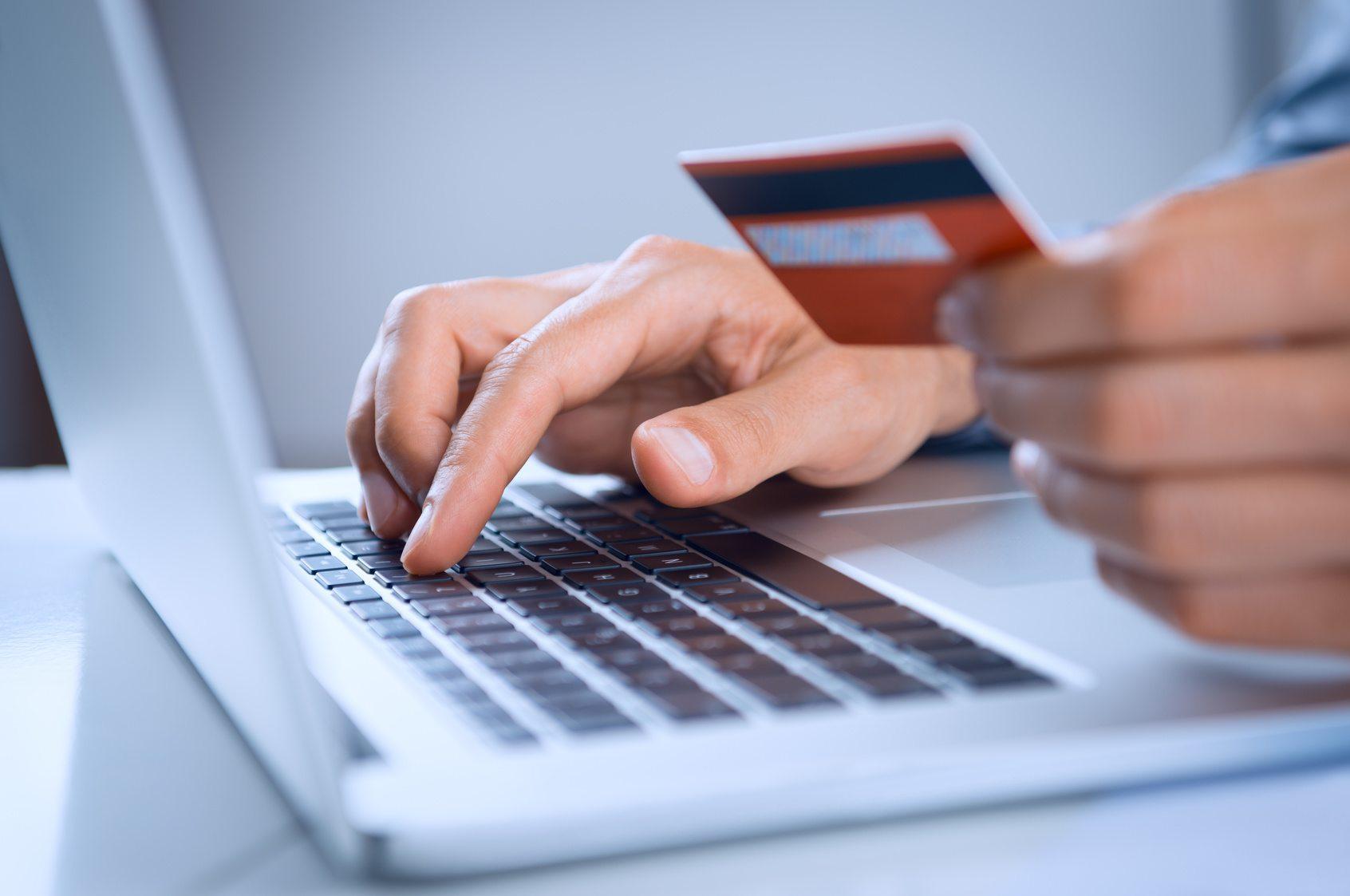 Zarządzamy pozycjami podatkowymi dla potrzeb VAT odnośnie e-commerce